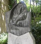 Statue of the Celestina in Calisto and Melibea's Garden, by Agustín Casillas, Salamanca (1976)