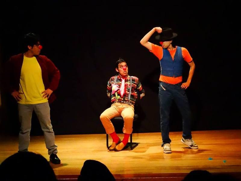 Representación del II Festival de Teatro Universitario, Lima, 2014