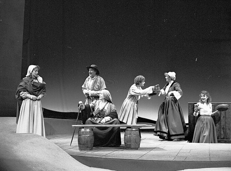 Representation of the Teatro de la Comedia, Madrid, by Marsillach (1988)